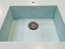 Speciallavet vask i Corian farve Mint Ice.
