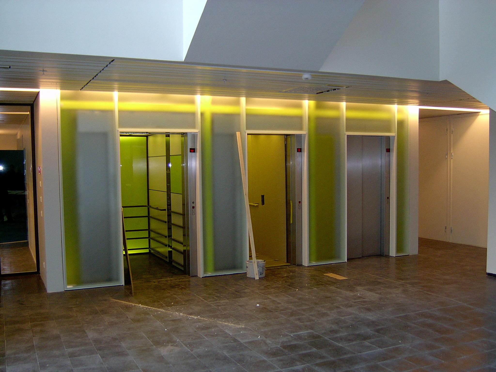 Elevatorer.