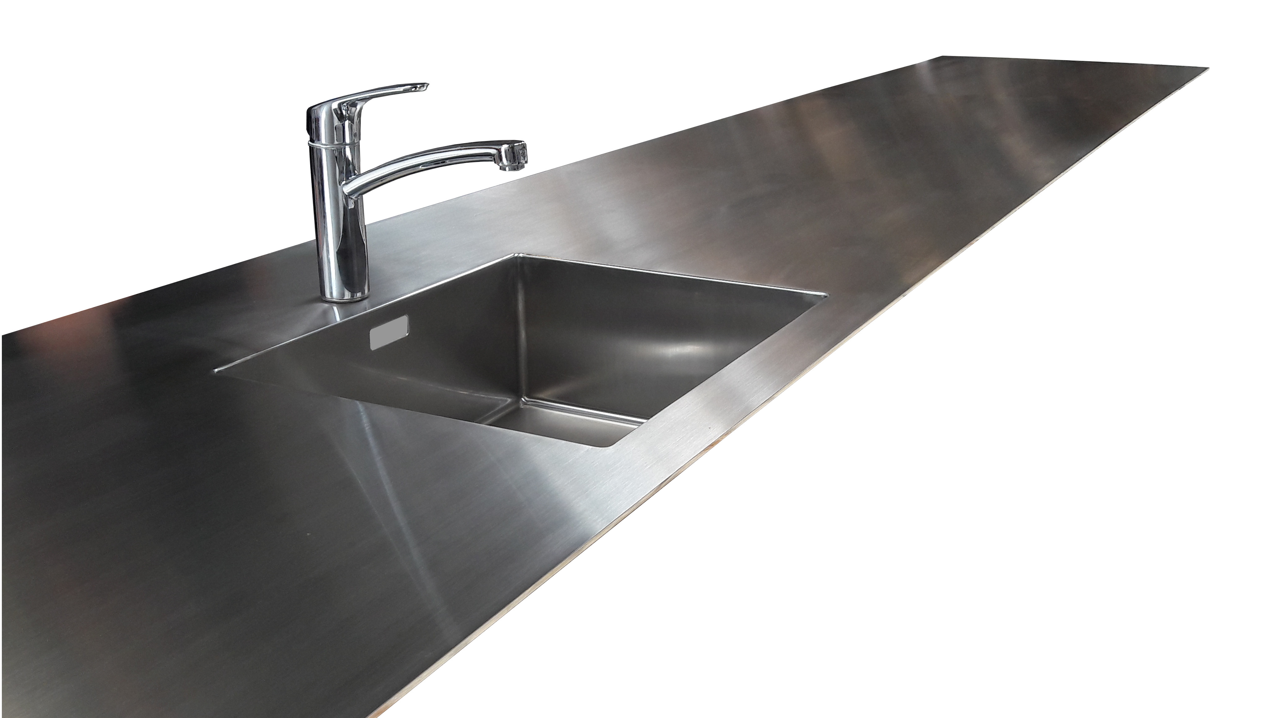 Stålvask Blanco Claron 500 isvejst i massiv rustfast stålbordplade. Tykkelse på bordplade er 5 mm.